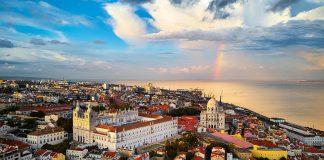 Alfama dzielnica Lizbony