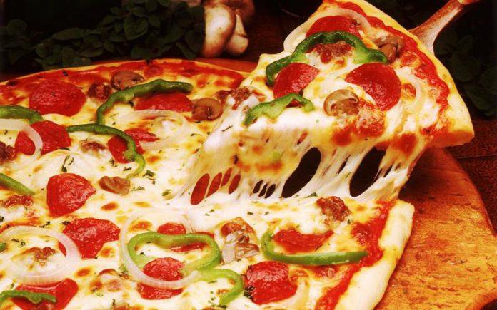 Pizza z papryką, cebulą i pieczarkami, Quiz o jedzeniu