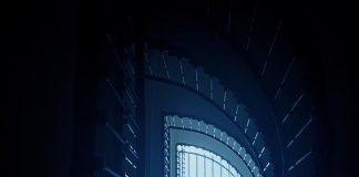 Zakręcone schody w kształcie litery - D, quiz tematyczny