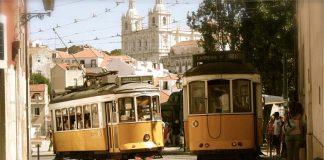 Stare tramwaje-zajezdnia tramwajowa-vintage