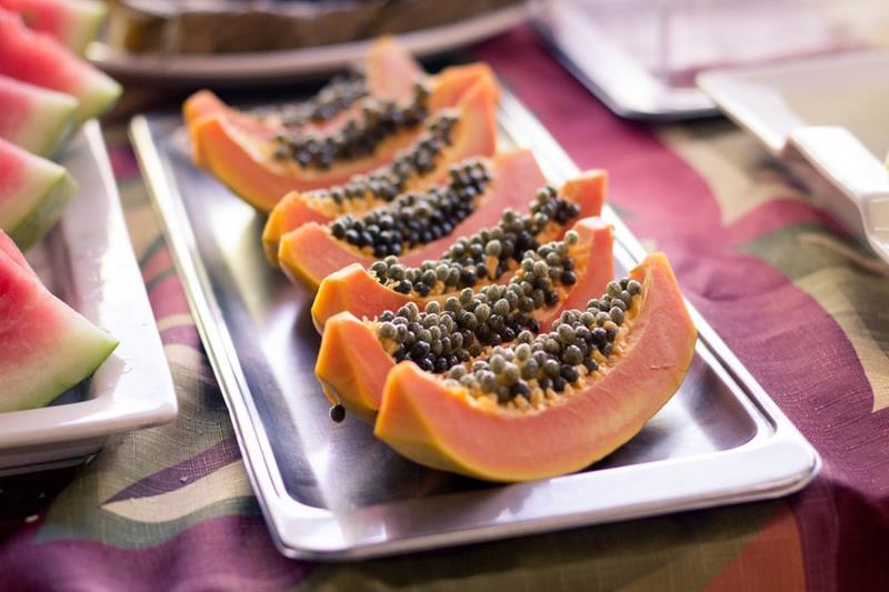 Papaja-melonowiec właściwy-papaya-carica papaya-egzotyczny owoc