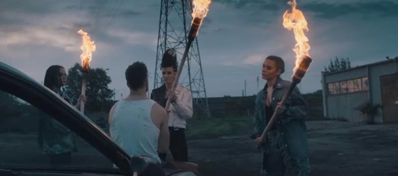 Sylwia Grzeszczak-Tamta dziewczyna-popowa piosenka 100 mln odsłon