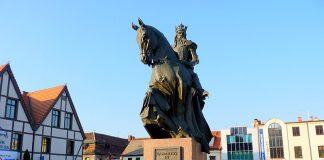 Król Polski Kazimierz III Wielki - pomnik Bydgoszcz