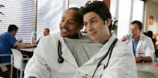 Zach Braff i Donald Faison w serialu Hoży doktorzy - Scrubs